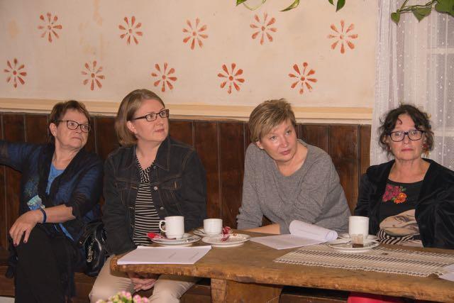 Kaisa, Johanna, Aila ja Helena.